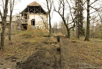 Підсумки археологічних досліджень на території Поморянського замку